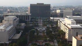Вид с воздуха района около здание муниципалитета в Лос-Анджелесе сток-видео