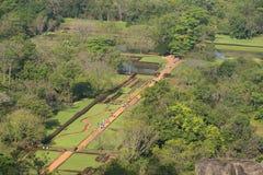 Вид с воздуха руин дворца Sigiriya, сада воды Sri Lanka Стоковые Фотографии RF