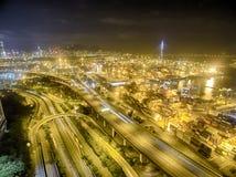 Вид с воздуха сцены ночи Гонконга, Kwai Chung в золотом цвете Стоковое фото RF