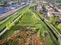 Вид с воздуха следов и зеленых зон велосипеда Стоковые Изображения RF