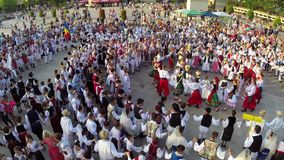 Вид с воздуха танца приятельства сток-видео