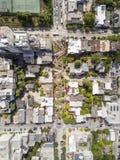 Вид с воздуха улицы и Сан-Франциско ломбарда Стоковое фото RF