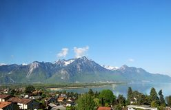 Вид с воздуха швейцарской деревни страны. Стоковая Фотография RF