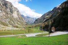 Вид с воздуха швейцарской деревни страны. Стоковое Фото
