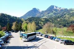 Вид с воздуха швейцарской деревни страны. Стоковое Изображение