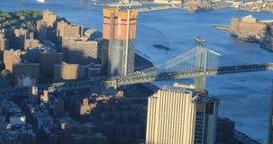 вид с воздуха 4K UltraHD моста Манхаттана к Бруклину видеоматериал