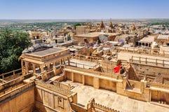 Вид с птичьего полета города Jaisalmer от золотого форта Jaisalmer, Стоковое Изображение