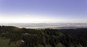 Виды на озеро над Женевой, Швейцарией Стоковая Фотография RF