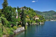Виллы Maggiore озера (lago), Италия Сценарный взгляд ландшафта Стоковые Фото