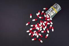 Вклады в фармакологическом и фармацевтическом деле стоковое изображение