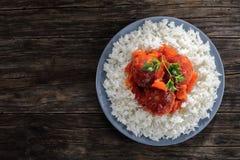 Вкусная горячая фрикаделька индюка с рисом Стоковое Изображение