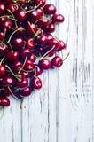 Вкусная и здоровая закуска Вишня ягоды с витаминами Стоковые Изображения