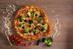 Вкусная пицца отрезка Стоковое Фото