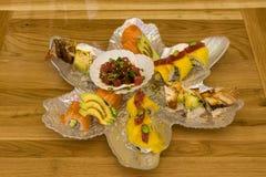 Вкусная японская еда на плите Стоковые Изображения RF