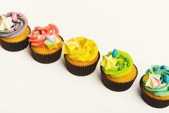 Вкусные булочки при buttercream изолированное на белизне Стоковые Изображения RF