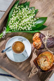 Вкусные булочка и кофе Стоковые Фотографии RF