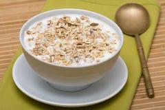 Вкусные и здоровые granola или muesli стоковые изображения