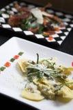 вкусные макаронные изделия тарелки Стоковая Фотография