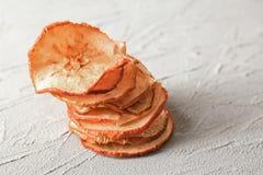 Вкусные обломоки яблока стоковое изображение