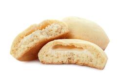 Вкусные печенья на исламские праздники изолированные на белизне стоковое фото