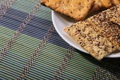 Вкусные печенья разных видов 2 вида печенья стоковое изображение rf
