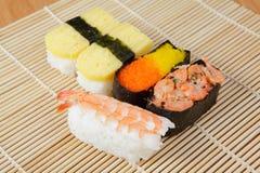 вкусные суши японии Стоковое Фото