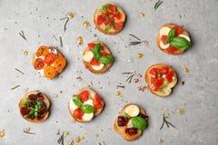 Вкусные bruschettas с томатами Стоковые Фото