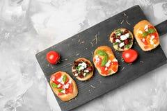 Вкусные bruschettas с томатами Стоковое Изображение RF
