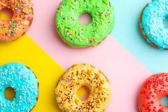 Вкусные donuts с брызгают Стоковые Фото