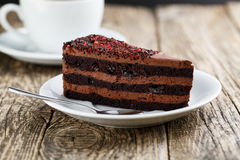 Вкусный вегетарианский десерт шоколада на деревянном столе для celebrati Стоковая Фотография