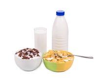 Вкусный завтрак хлопьев для детей Стоковая Фотография
