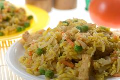 вкусный зажаренный востоковедный рис плиты Стоковое Фото