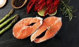 вкусный кипеть крупный план раков на каменной таблице, обедающем морепродуктов, нет Стоковое Изображение RF