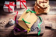 Вкусный коттедж пряника как подарок рождества Стоковое фото RF