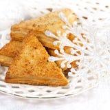 Вкусный пирог для десерта и снежинок Стоковая Фотография RF