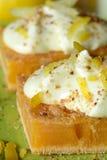 Вкусный самодельный торт лимона стоковое изображение rf