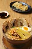 Вкусный miso ramen, японско стоковое изображение rf