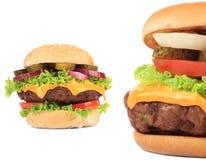 2 вкусных cheeseburgers Стоковое Фото