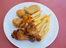 Включая зажаренный цыпленка Стоковые Фото