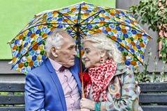 Влюбленность концепции, пожилая пара, битники семья, счастливая, совместно, Стоковое Фото