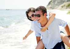 влюбленность пар пляжа Стоковое Изображение