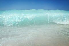 внезапное движение замороженных средства брызгая воду Стоковое фото RF