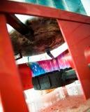 Внешние детали горелки пропана пламен и чайника на верхней части Стоковые Фотографии RF
