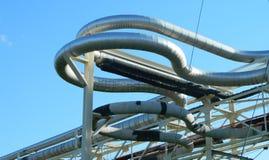 Внешние закрепленные петлей трубопроводы Стоковое Фото