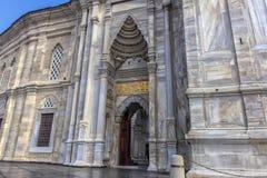 Внешний взгляд мечети Nuruosmaniye Стоковые Изображения