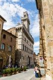 Внешний взгляд зданий в городке средневековых и ренессанса Стоковая Фотография RF