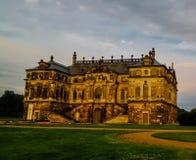 Внешний взгляд к более большому дворцу Garten, Дрездену, Германии стоковые фото