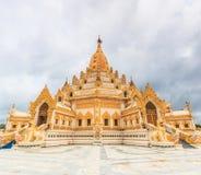 Внешний висок Swedaw Myat, Мьянма Стоковые Изображения RF