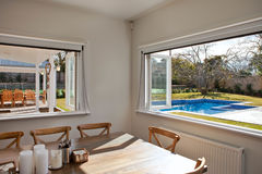 Внешний вид окна к бассейну Стоковые Изображения RF