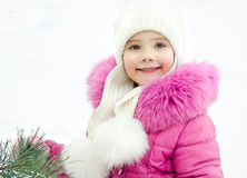 Внешний портрет красивой маленькой девочки стоковое изображение rf